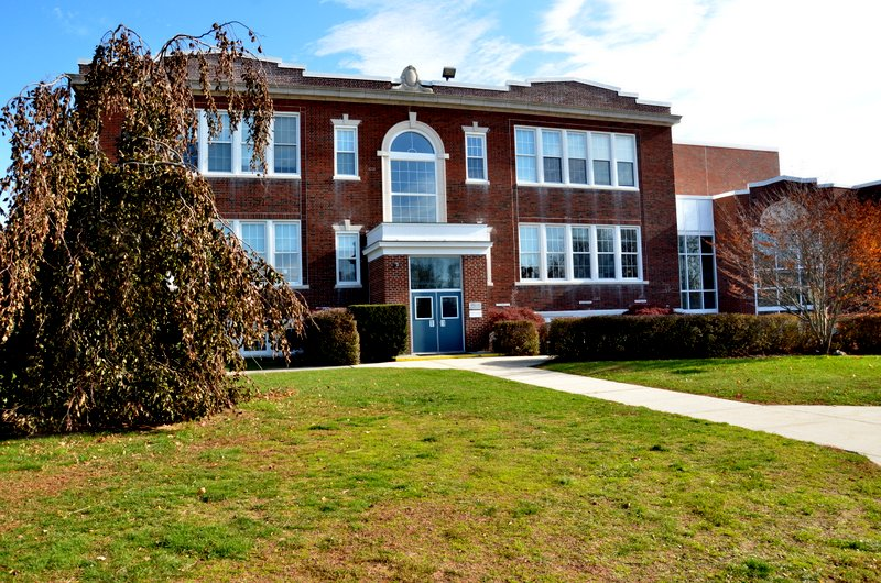 Shelter Island School
